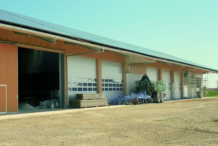 Halle erbaut durch das Baugeschäft W. Semtner GmbH in Mauerstetten bei Kaufbeuren